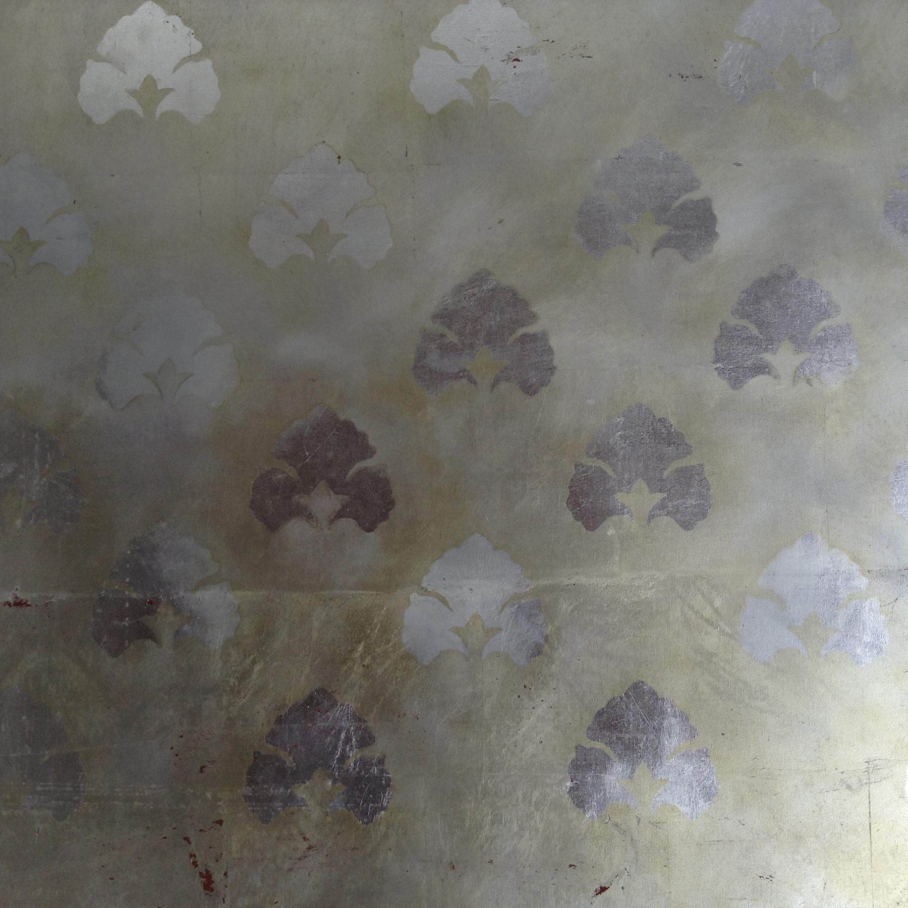 Pintura decorativa motivos vegetales patron estampado plateado plata