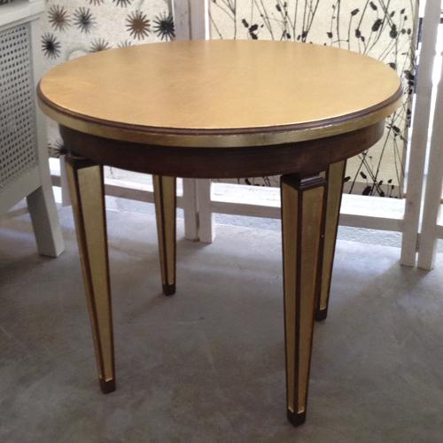 mesita auxiliar redonda dorada transformacion reciclaje restauracion muebles mobiliario vintage antiguedades decoracion interiorismo madrid toledo