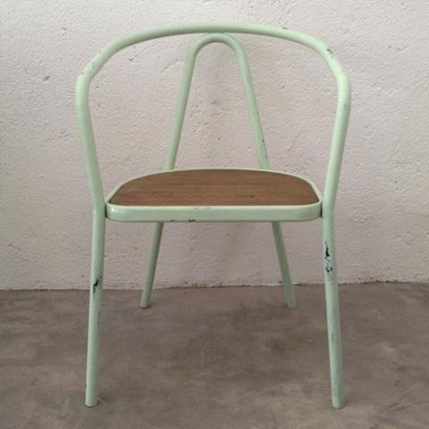 silla terraza metaliza verde agua mint transformacion reciclaje restauracion muebles mobiliario vintage antiguedades decoracion interiorismo madrid toledo