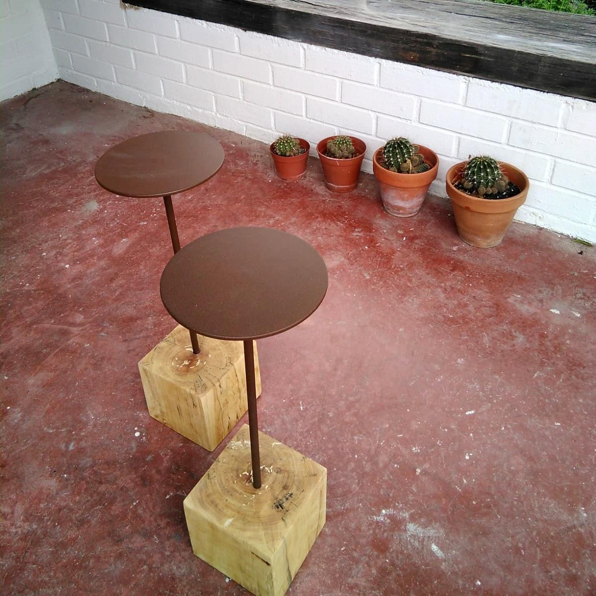 mesitas de noche auxiliares hierro madera sencilla natural oxido