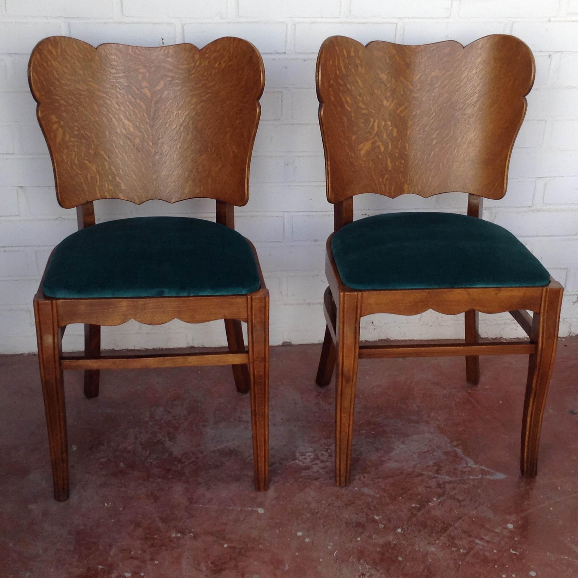 Pareja sillas belgas estilo deco asiento terciopelo algodon verde haya roble vintage antiguas clasicas 1