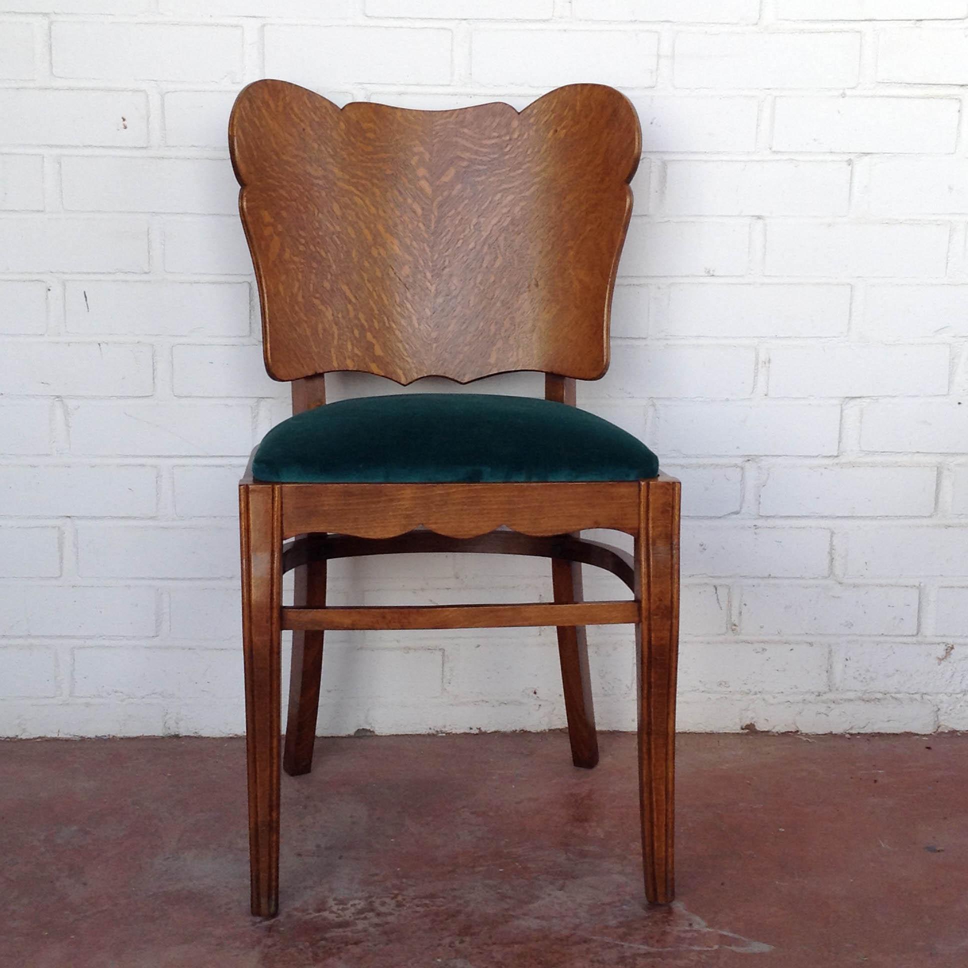 Pareja sillas belgas estilo deco asiento terciopelo algodon verde haya roble vintage antiguas clasicas 2