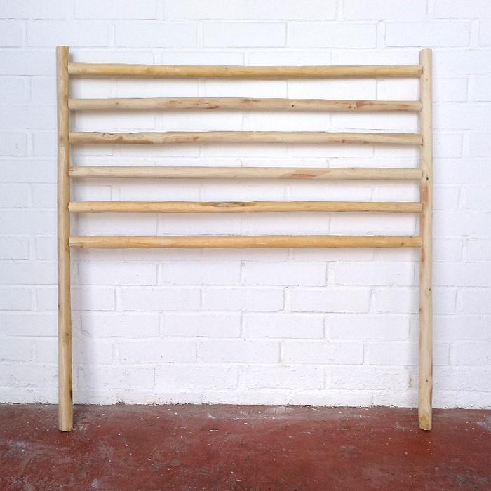 cabecero madera natural cruda slowlife clara barras decoracion tendencia decoracion toledo interiorismo restauracion reciclaje transformacion muebles personalizacion