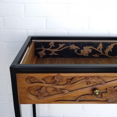 consola madera tallada adorno cajon entrada mueble original sencilla cristal metal negro tiradores