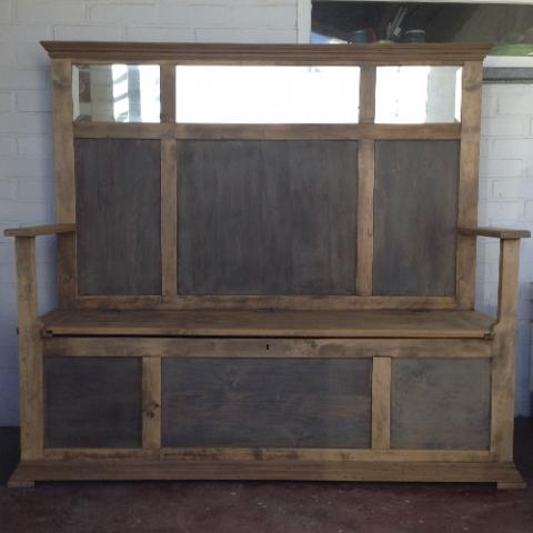 banca banco haya espejo almacenaje transformacion reciclaje restauracion muebles mobiliario vintage antiguedades decoracion interiorismo madrid toledo