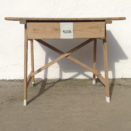 mesa tocinera pino madera cajon blancatransformacion reciclaje restauracion muebles mobiliario vintage antiguedades decoracion interiorismo madrid toledo