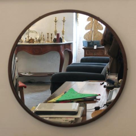espejo redondo acero metalico sencillo diseño decoracion interiorismo a medida por encargo