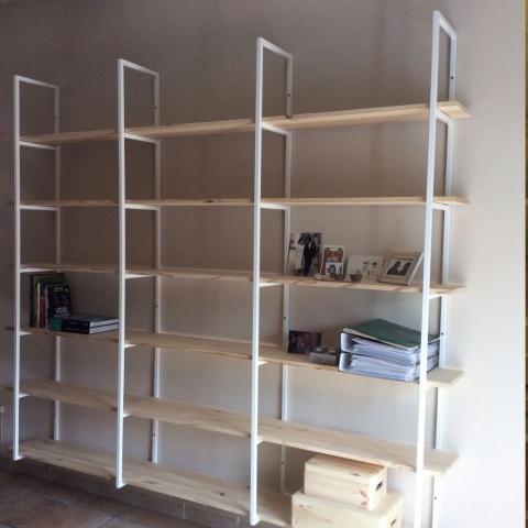 Estanteria a medida libreria madera blanca