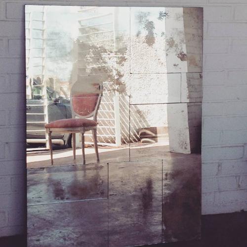Espejo piezas despiece diseño sencillo desgastes desgastado encargo a medida