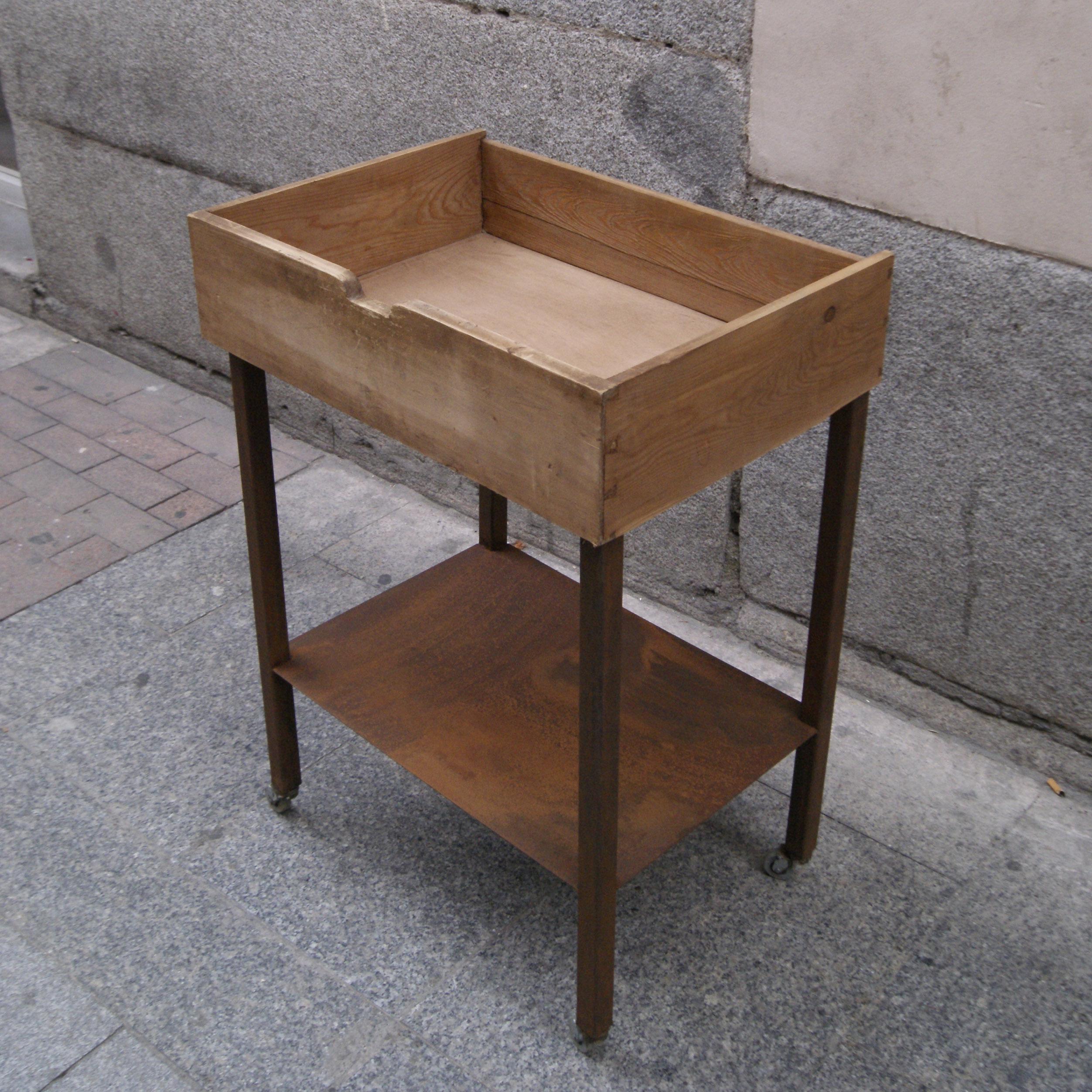 mueble bar hierro metalico madera cajon estilo industrial a medoda por encargo madrid toledo interiorista