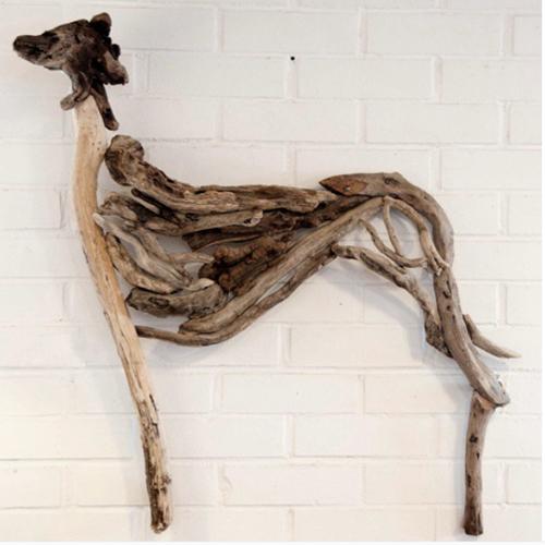 escultura madera reciclada galgo perro arte madrid restauracion